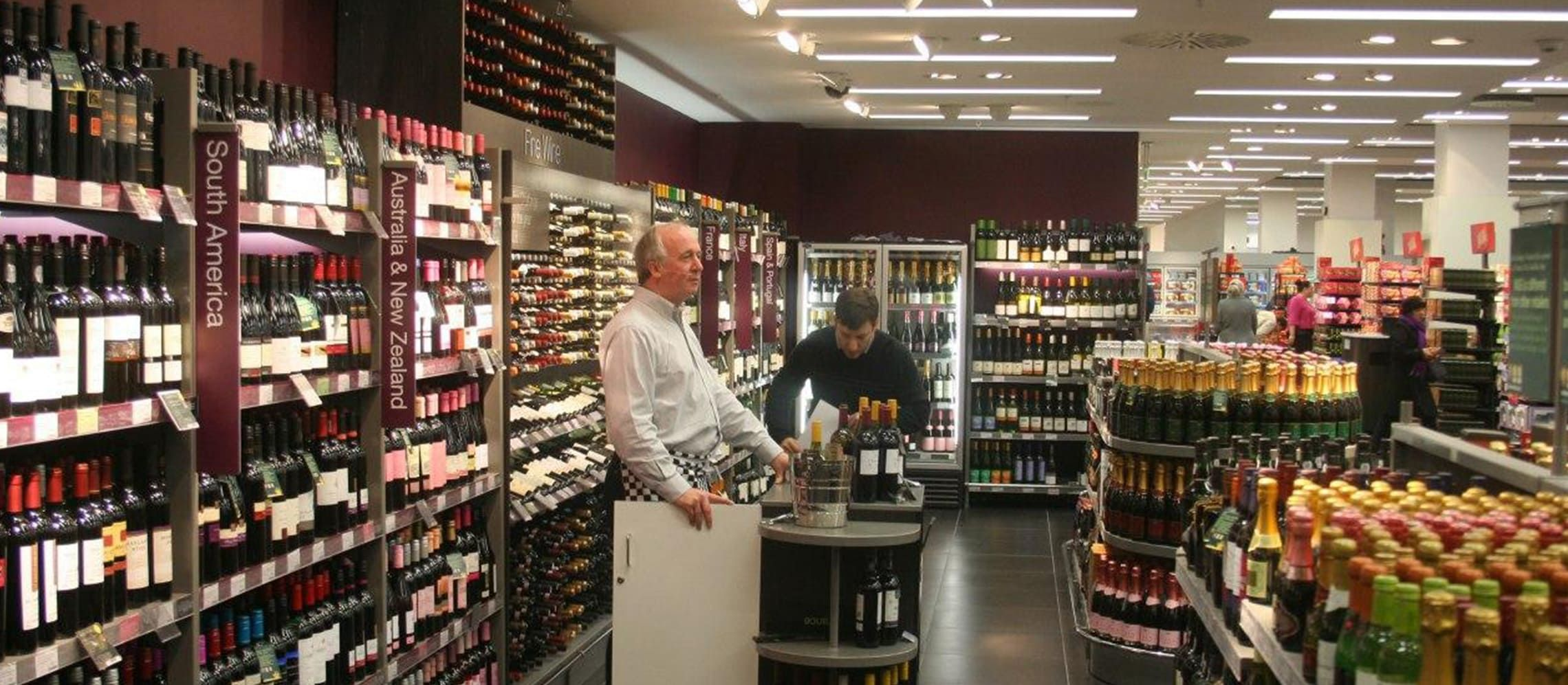 Photo for: 8 Wine Retailers in Edinburgh
